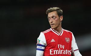 พิเศษ โค้ชทีมอาร์เซนอลยกย่อง Mesut Ozil
