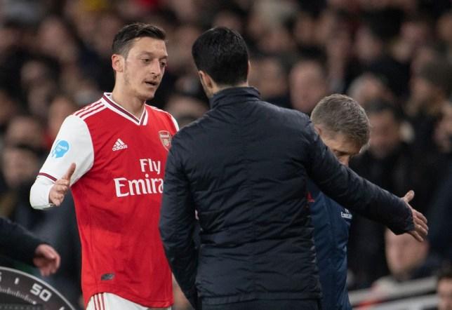 Mesut Ozil ส่งข้อความถึง Mikel Arteta