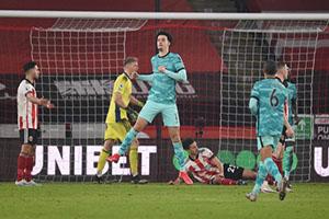 เคอร์ติสโจนส์ อุทิศตนเพื่อเป้าหมายของ Liverpool